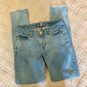 "🦋 7FAM ""The Skinny"" Jeans with raw hem, Size 27"
